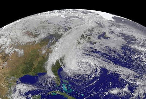 © Robert Simmon/NASA Earth Observatory