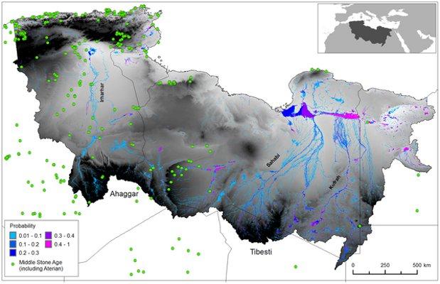Трите хипотетични речни системи, прорязвали Сахара преди около 100 000 години. Зелените точки са древните стоянки. Очевидно древните хора са се възползвали от западната река, за да достигнат Средиземно море.© Tom J. Coulthard et al.