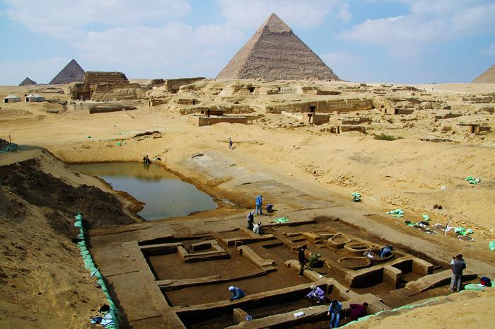 Резултат с изображение за Лабиринт пирамида