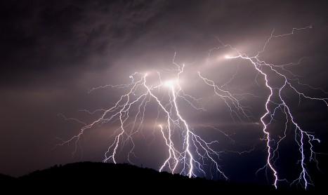 Животът може да е възникнал с помощта на електричество