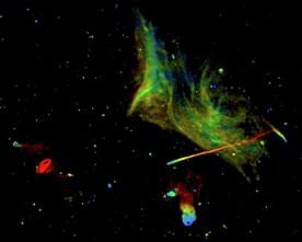 Неизвестни процеси движат грандиозен вселенски сблъсък