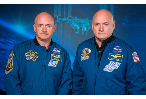 © Robert Markowitz / NASA