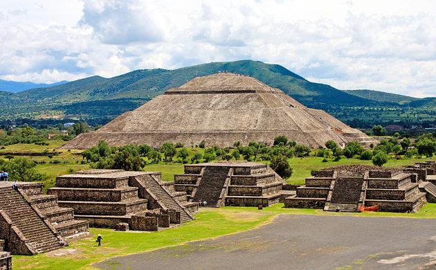Резултат с изображение за Древният град Монте Албан в Мексико