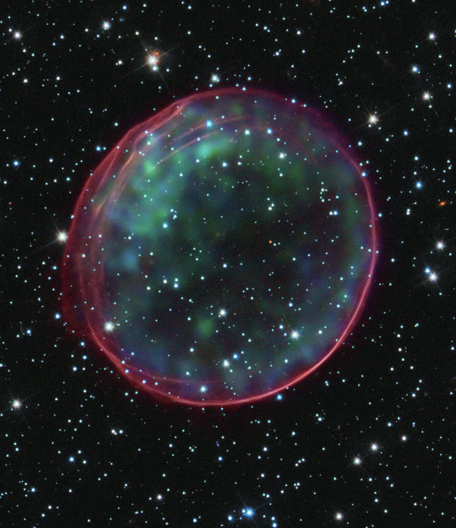 © NASA, ESA, CXC, SAO, the Hubble Heritage Team (STScI/AURA), and J. Hughes (Rutgers University)