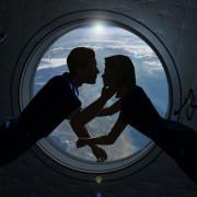Предпоставки за интимни контакти на орбита има.