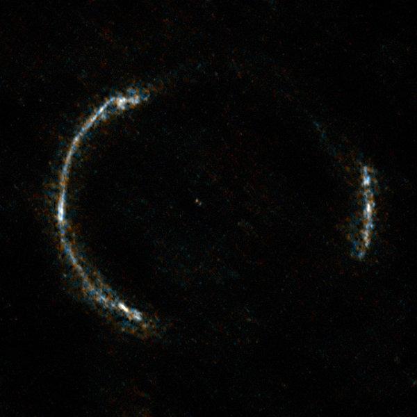 Пръстенът SDP.81.  © ALMA (NRAO/ESO/NAOJ)/Y. Tamura (The University of Tokyo)