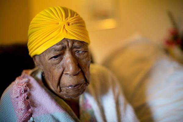 Сузана Джоунс, на 115 години, е най-възрастният жител на Земята в момента.