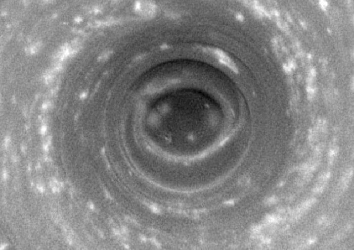 окото на Сатурн