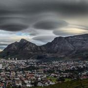 лентикулярни облаци