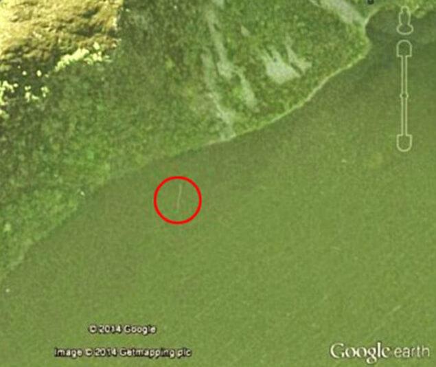 Чудовището от Лох Нес, открито на снимка от Космоса.