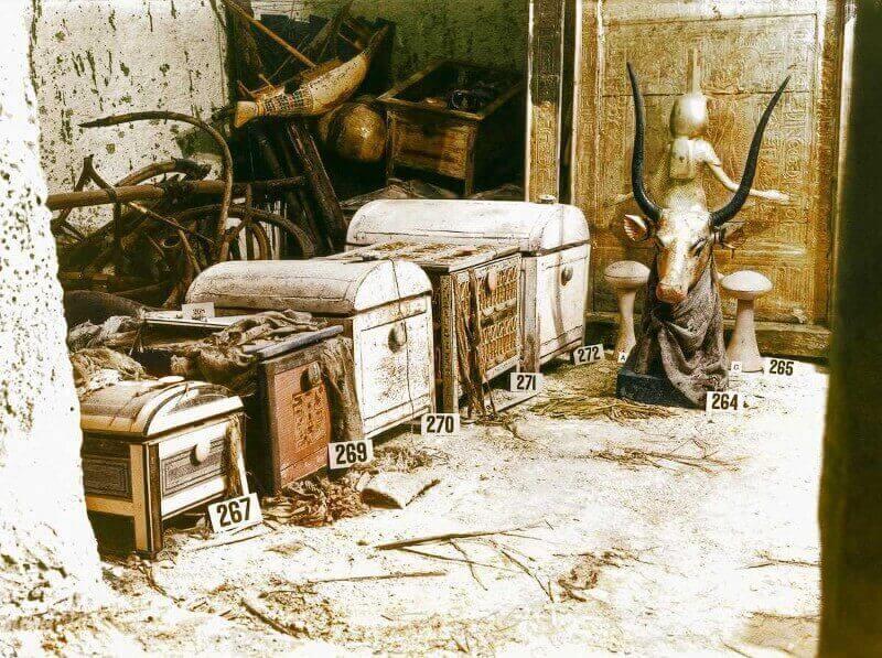 Небесната крава Мехурт, гробница на Тутанкамон