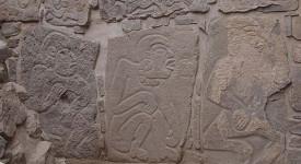 Маите си нанасят ритуални рани по време на ритуал за кръвопускане. © Joyce & Barber / Current Anthropology 2015