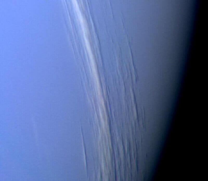Вертикален релеф от облаци на Нептун. © NASA
