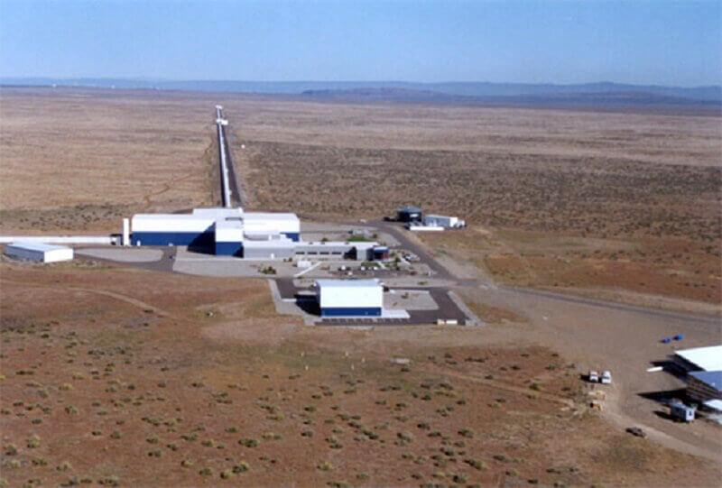 Детекторът LIGO.