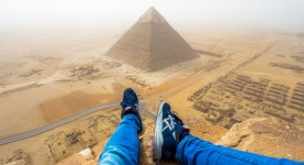 качи на Хеопсовата пирамида