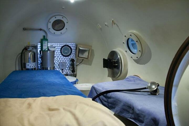 Студено е да се спи в барокамерата заради голямата концентрация на хелий във въздуха.  Снимка: Северозападна организация на Руската федерация по космонавтика