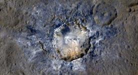 Кратерът Хаулани © NASA/ JPL-Caltech/UCLA/MPS/DLR/IDA/PSI