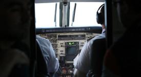 пилоти, самолет