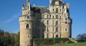 Замъкът Брисак във Франция. Wikipedia Commons