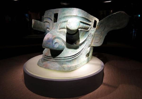 sanxingdui-bronze-mask