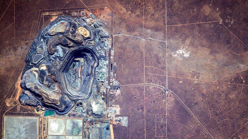 Диамантена мина в Ботсвана. Снимка: Сергей Рязанский