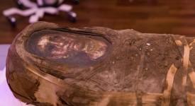Вграденият в мумията на Хибард дървен портрет.