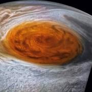 Голямото червено петно на Юпиттер