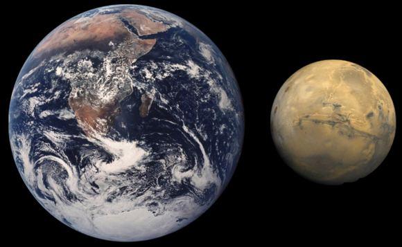 Сравнение на размера на Земята и Марс. Фото кредит: NASA