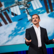 Крис Хадфийлд, астронавт
