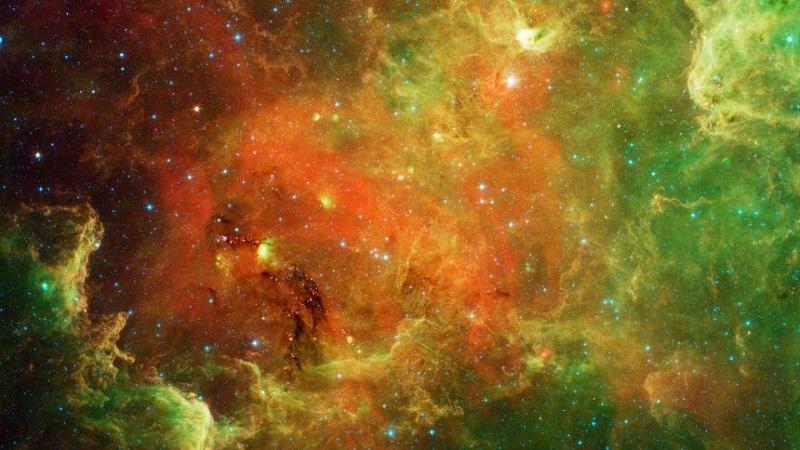 Спицър може да осветли детайли от космически формации, които остават скрити във видимата светлина. Тази снимка изобразява т.нар. Северноамериканска мъглявина.