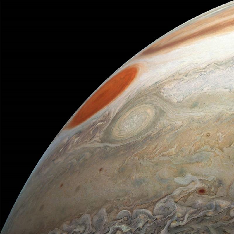 Бурите на Юпитер, заснети от космическия апарат Джуно на НАСА. Снимка: НАСА